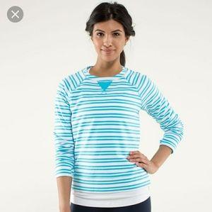 Lululemon voyage pullover